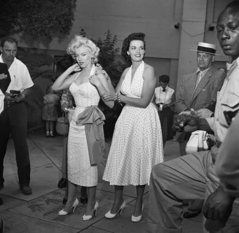 Marilyn Monroe S Grauman S Handprint Ceremony Dress By